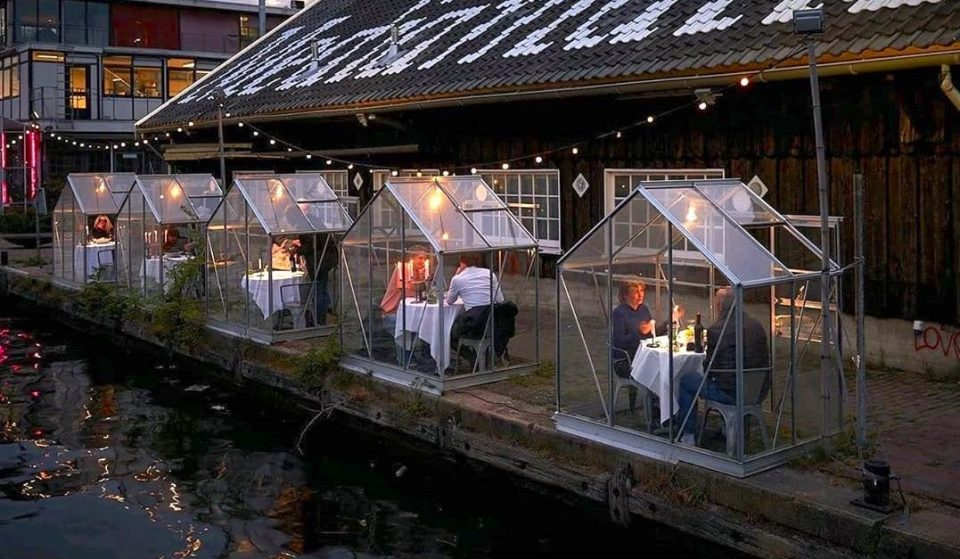 An Amsterdam Restaurant Made Little Greenhouses So Diners Can Enjoy A Meal While Social Distancing